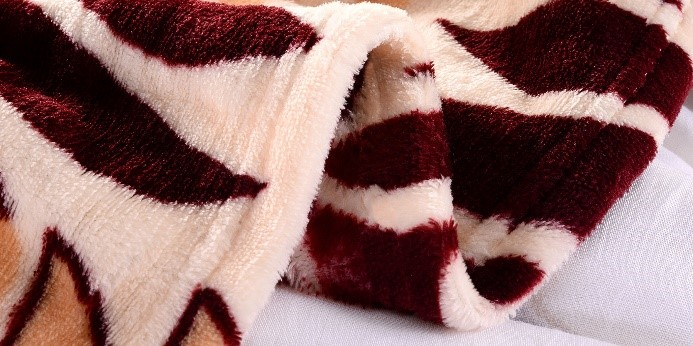 市面毛毯生产厂家那么多,质量参差不齐,应该选择哪家合作呢?