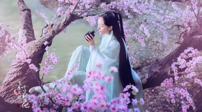 """艾丝雅兰与您相约雪纺丝巾的""""三生三世"""""""