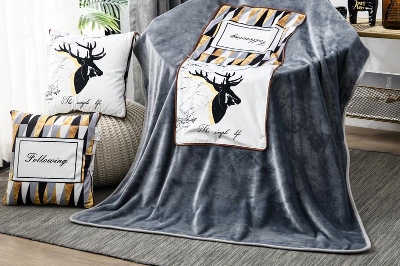 FN-R7003 数码印暖绒抱枕毯