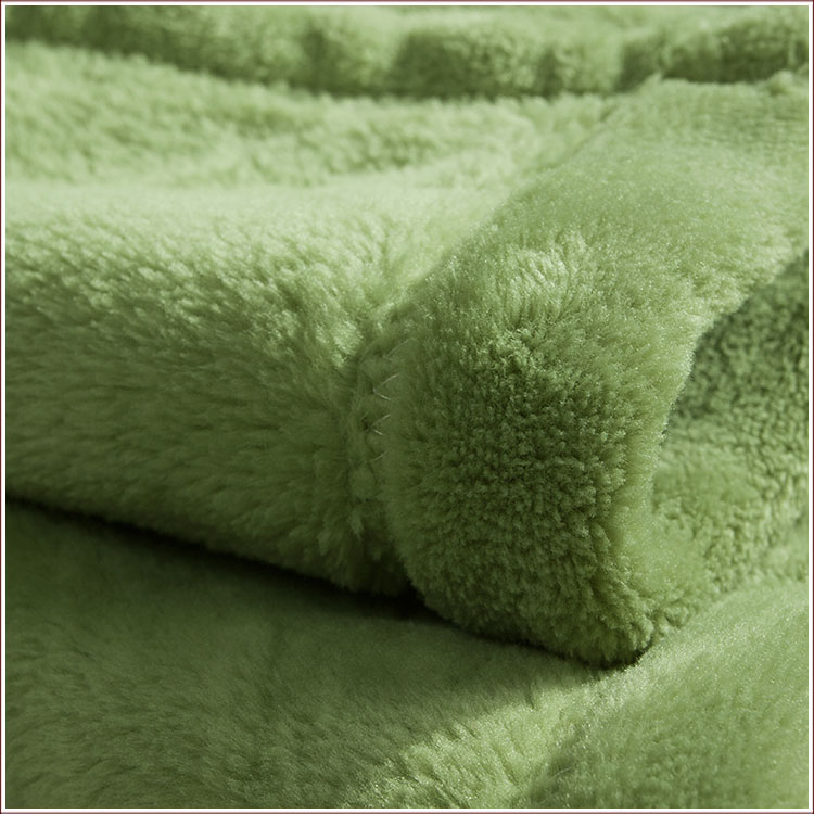 """千赢国际官网_千亿国际,千赢娱乐家纺定制毛毯,""""八一""""建军节慰问品"""